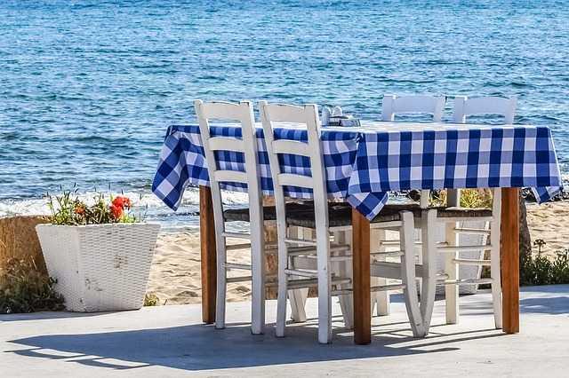 Nadmorskie pensjonaty i restauracje - dlaczego warto z nich korzystać?